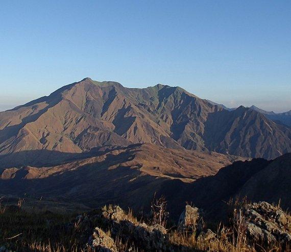 Mt. Iglit Baco National Park