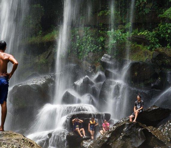 Der Lambingan Wasserfall