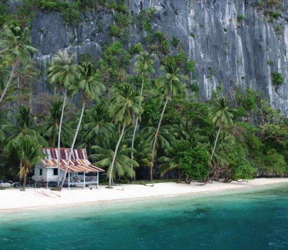 Der Pasandigan Strand